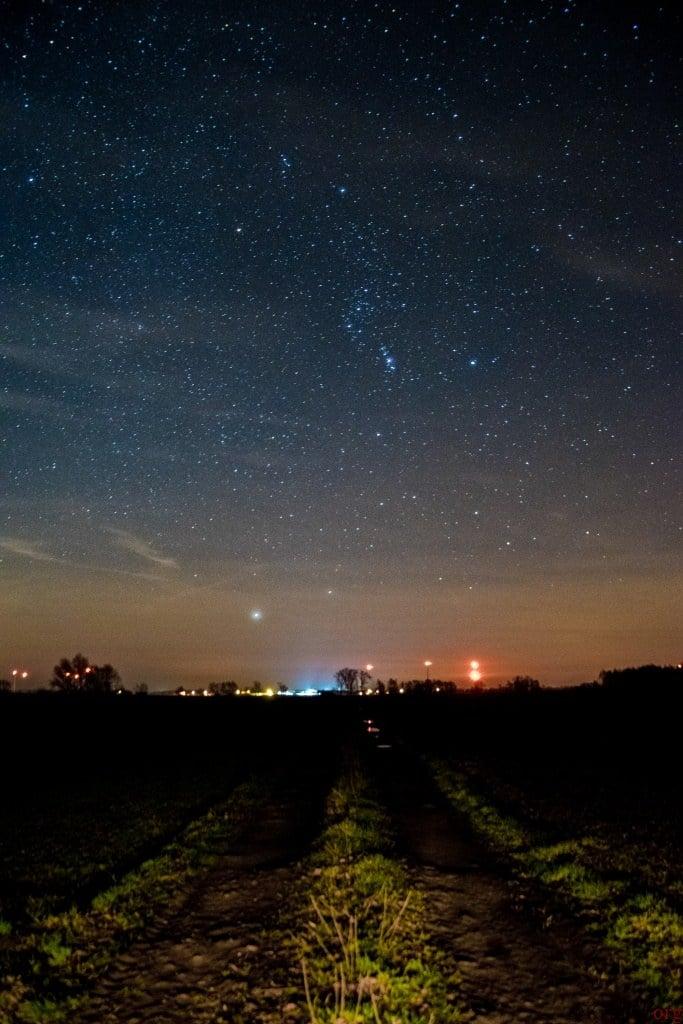 Nocne niebo nad Ziemlinem