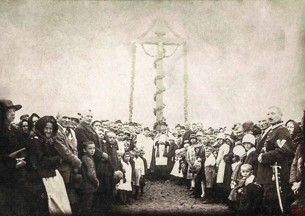 Poświęcenie krzyża Chumiętki 1927 r.
