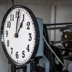 Zegar w wieży ratusza, mechanizm.