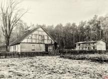 10 - Leśniczówka Karzec