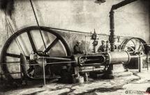 28 - Silnik 75 k. fabryki