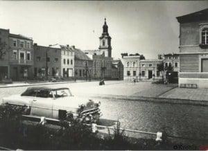 Pocztówka z widokiem rynku w Krobi